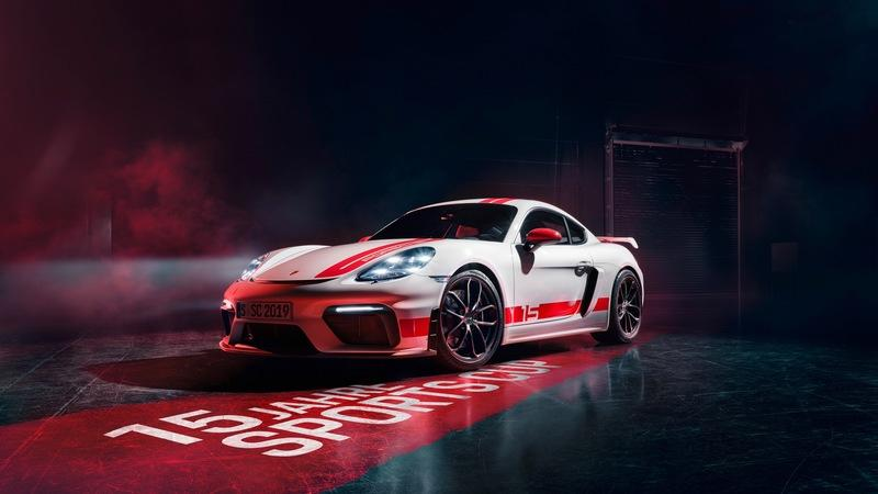 2020 Porsche 718 Cayman GT4 Sports Cup Edition