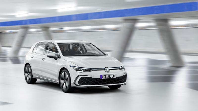 Holy Electric Moly, the 2020 Volkswagen Golf Mk8 Hybrid Is More Powerful Than the GTI