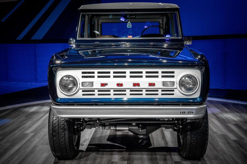 1968 Ford Bronco Wagon by Jay Leno, Ford Performance, LGE-CTS, and SEMA Garage Exterior - image 870114