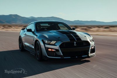 Your Next Crate Engine Should Be the Ford Mustang Shelby GT500
