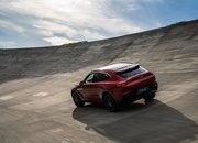The 2021 Aston Martin DBX Arrives as the Brand's First SUV with a Huracan-Like Price - image 872450