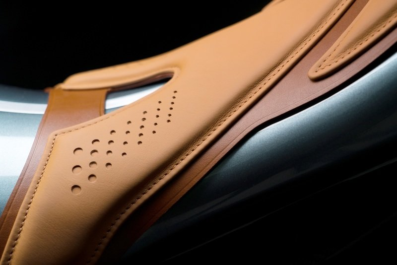 Aston Martin's $120,000 Motorcycle: the AMB 001 Exterior High Resolution - image 870718