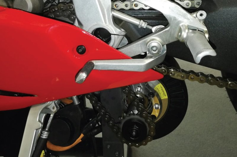 Efesto is developing a 300 hp Ducati 1299 Panigale powered by a hybrid powertrain - image 872985
