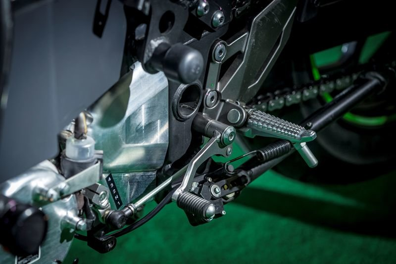 First Look: Kawasaki Electric Concept - image 872381