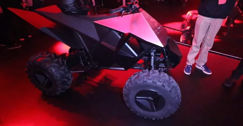 "Tesla unveiled it's rad new ""Cyberquad"" electric ATV prototype at the Cybertruck launch Exterior Screenshots / Gameplay - image 873232"