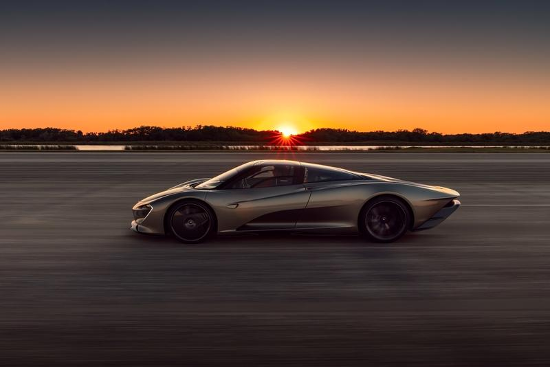 On a Circuit, the McLaren Speedtail Is Like the 720S... Minus 10, 15 Percent
