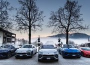 Amazing Wallpapers: The Lamborghini Urus, Aventador SVJ, and Huracan EVO Celebrate Christmas the Right Way - image 877361