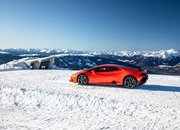 Amazing Wallpapers: The Lamborghini Urus, Aventador SVJ, and Huracan EVO Celebrate Christmas the Right Way - image 877363