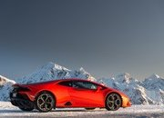 Amazing Wallpapers: The Lamborghini Urus, Aventador SVJ, and Huracan EVO Celebrate Christmas the Right Way - image 877367