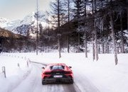 Amazing Wallpapers: The Lamborghini Urus, Aventador SVJ, and Huracan EVO Celebrate Christmas the Right Way - image 877347