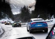 Amazing Wallpapers: The Lamborghini Urus, Aventador SVJ, and Huracan EVO Celebrate Christmas the Right Way - image 877352