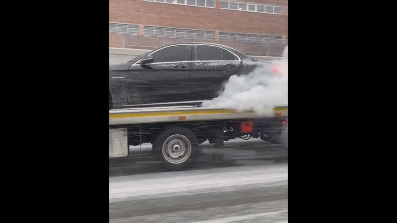 Here's a Mercedes-AMG C63 S Doing a Burnout on a Flatbed Truck