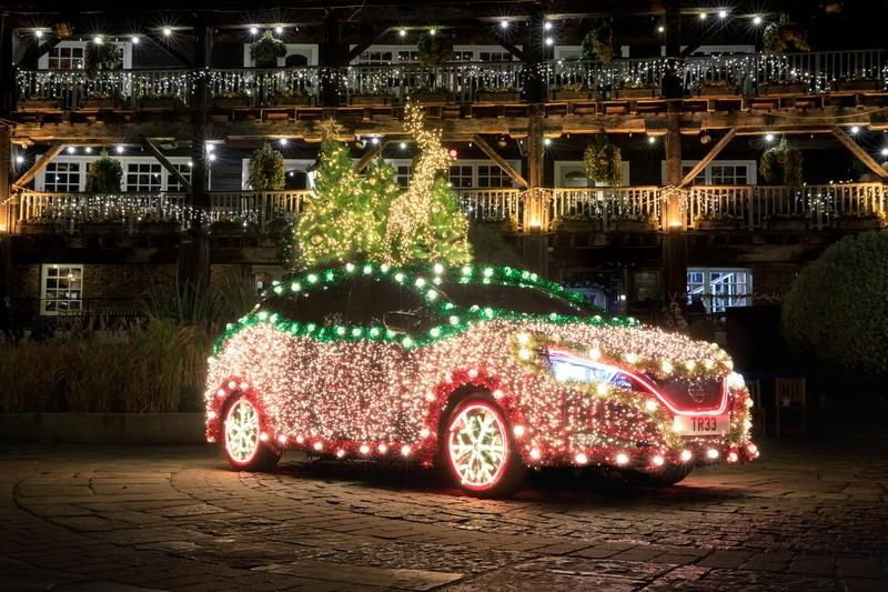 Nissan Says Merry Christmas By Turning the Leaf into a Rolling Christmas Tree