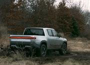 The Rivian R1T Just Put the Tesla Cybertruck to Shame With Tank Turn Capability - image 878136