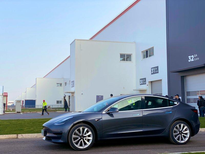 Tesla Update: First Model 3s Roll Out In China, Model Y Moves to Germany, Future OTA Updates