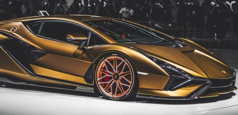 7 Reasons You Shouldn't Buy a Lamborghini