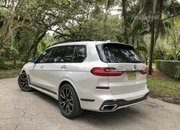 Chasing Whales: BMW X7 M50i Drag Races Mercedes-AMG G 63 - image 879976