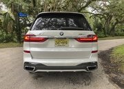 Chasing Whales: BMW X7 M50i Drag Races Mercedes-AMG G 63 - image 879978
