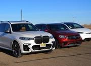 BMW X7 vs Mercedes-AMG GLC vs Model X Drag Race: Hoping Your Kids Won't Puke - image 881092
