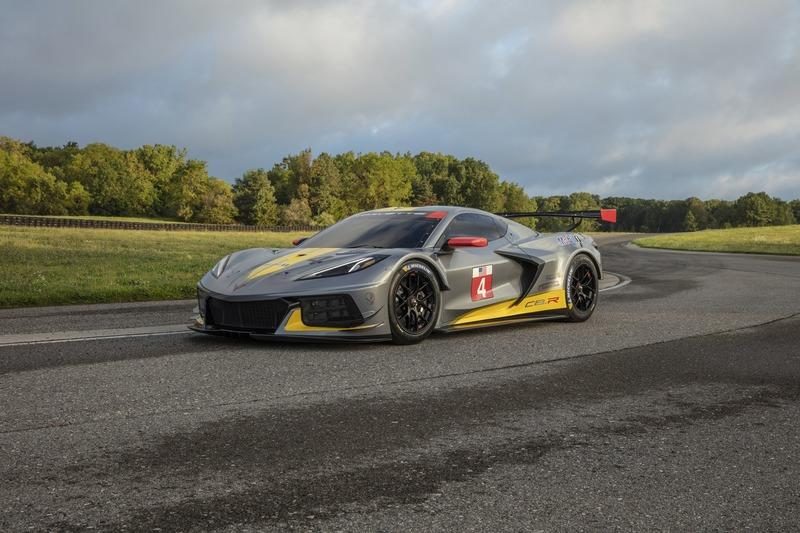 The C8 Corvette Z06 Is Taking Aim at the Porsche 911 GT2 RS on the Track!