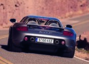 This Is the Best Porsche Carrera GT Crash Course You'll See All Year - image 880298