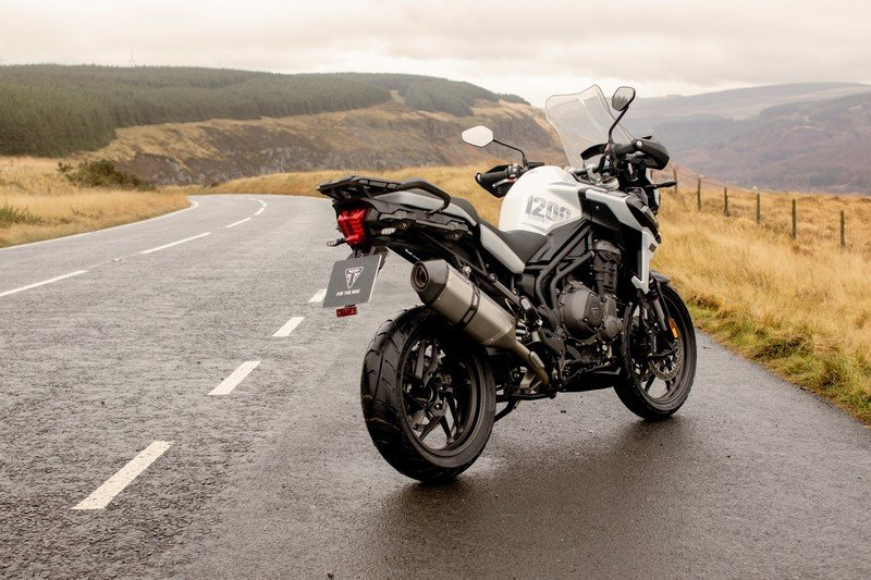 Triumph gave their swashbuckler Tiger 1200 machine two special editions for 2020 Exterior High Resolution Wallpaper quality - image 881977
