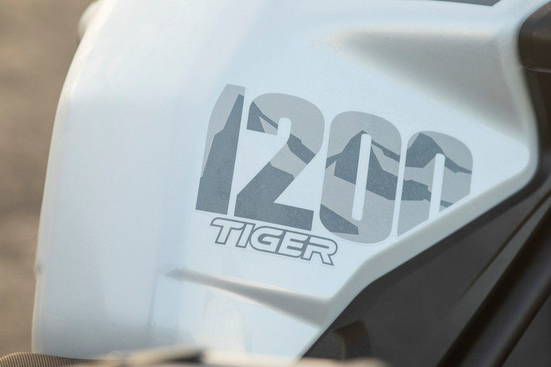 Triumph gave their swashbuckler Tiger 1200 machine two special editions for 2020 Exterior High Resolution - image 881982