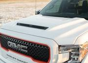 Harley-Davidson lends its flair to the GMC Sierra limited edition truck - image 880912