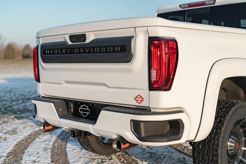 Harley-Davidson lends its flair to the GMC Sierra limited edition truck