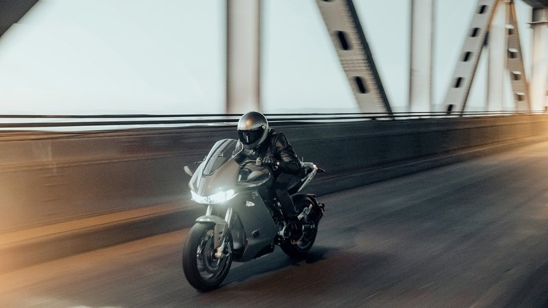 Zero Motorcycles enter a new territory with its brand-new SR/S