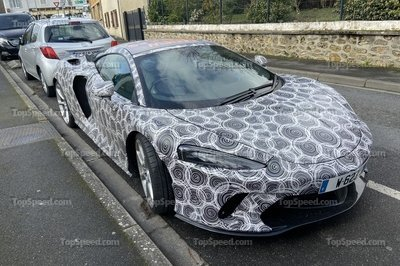 Did We Just Catch a McLaren GT Hybrid in the Wild?