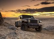 2020 Jeep Gladiator Mojave And High Altitude Special Editions - image 884878