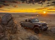 2020 Jeep Gladiator Mojave And High Altitude Special Editions - image 884879