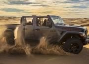 2020 Jeep Gladiator Mojave And High Altitude Special Editions - image 884908