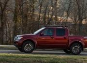 Nissan's Hoping That a New Engine Will Hold the Frontier Over Until the Next-Gen Model Arrives in 2021 - image 884376