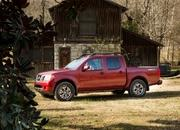 Nissan's Hoping That a New Engine Will Hold the Frontier Over Until the Next-Gen Model Arrives in 2021 - image 884389