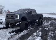 Video: Would You Treat Your $100,000 Ford F-350 Like This? - image 886910