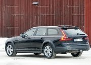 2021 Volvo V90 Cross Country - image 885304