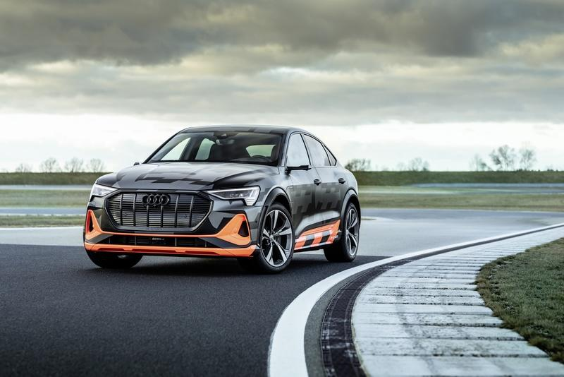 Audi's New E-Tron S Can Drift, But What's the Point? Exterior - image 890583