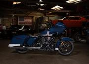 Harley-Davidson goes on a patriotic road for the Road Glide Special - image 889597