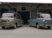 The Only Two Surviving Fiat 600 Multipla Mirafioris Drop By Jay Leno's Garage - image 892397