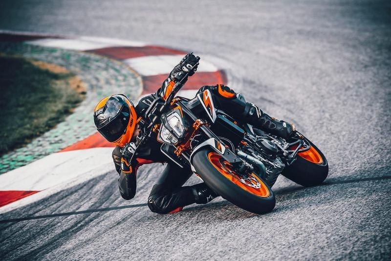 What you need to know about the new KTM Duke 890 R - image 894295