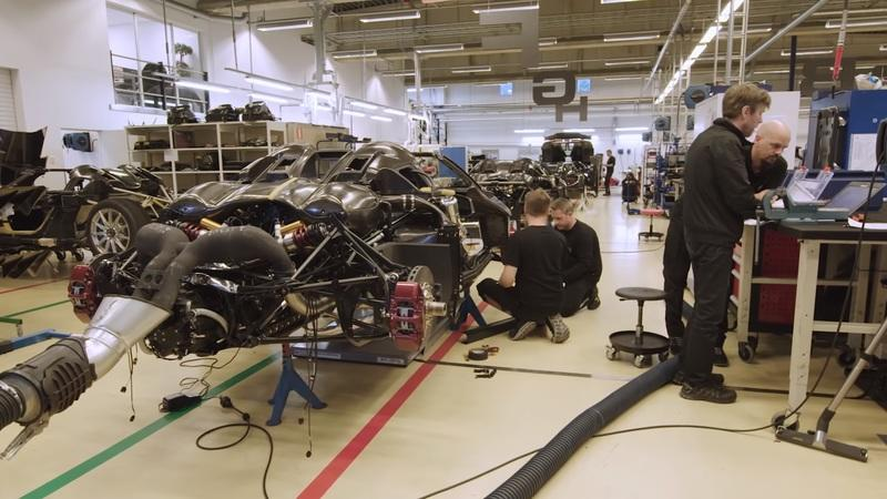 If You Think Making a Koenigsegg Road Legal Is Easy, Think Again! - image 897117