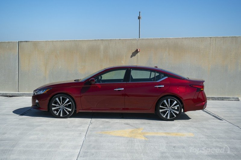 2020 Nissan Altima - Driven Exterior - image 896567