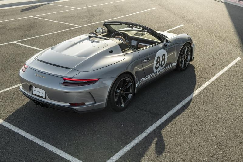 The last production 2020 Porsche 911 Speedster auctioned for COVID-19 relief