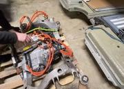 Here's How to Put A Bigger Motor Into A Tesla Model S 75D - image 896455