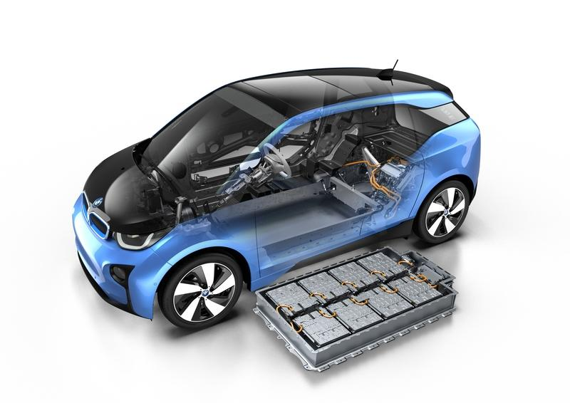 BMW Believes That Solid State Batteries Are Still At Least 7 Years Out