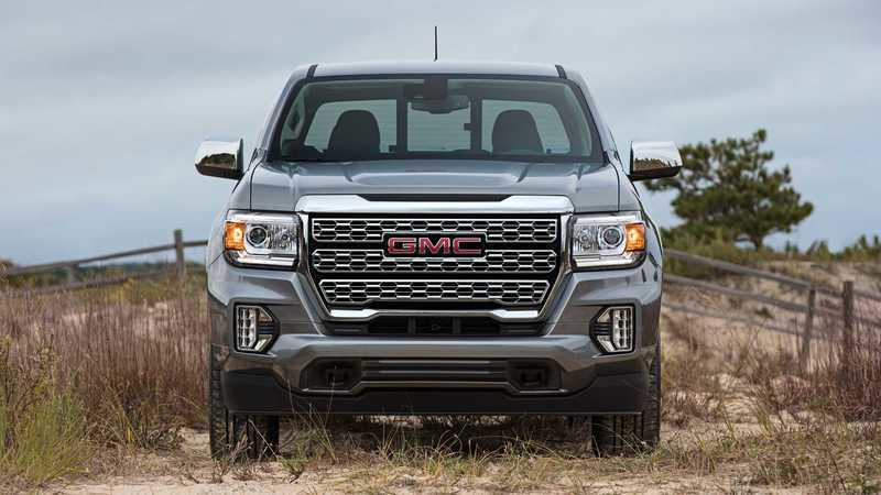 GMC Reveals The 2021 Canyon Denali's 'Heroic Grille' - image 899748
