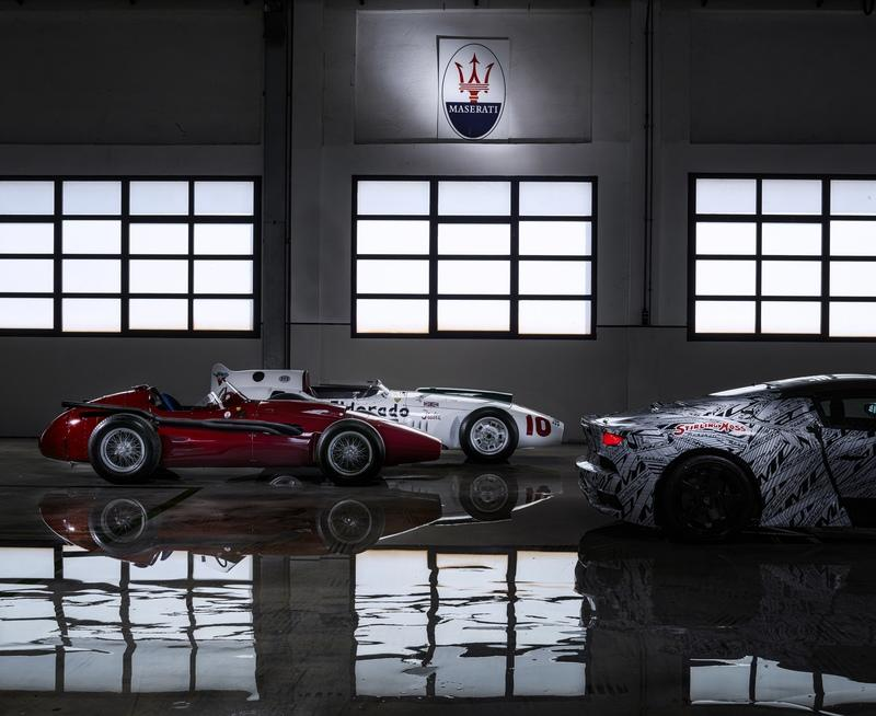 Maserati Just Showcased an MC20 Prototype Dedicated to Sir Stirling Moss - image 906646