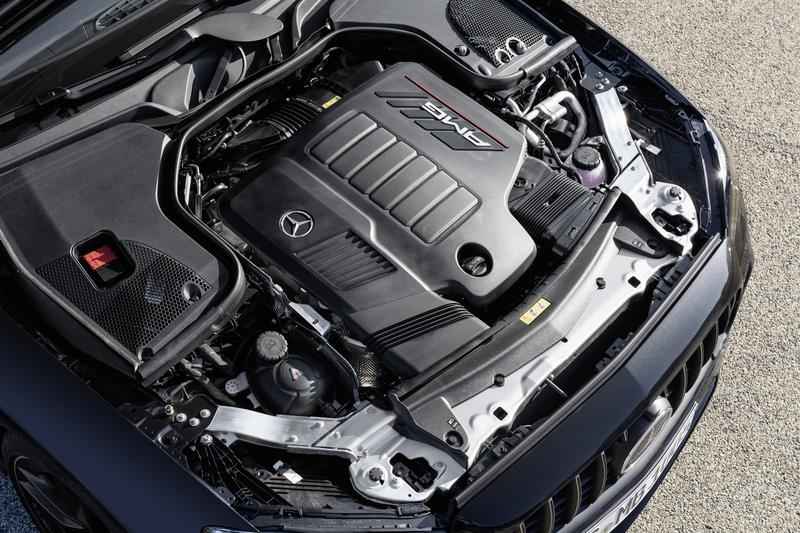The new Mercedes-AMG E53 Coupe looks just as hot as the E63 Drivetrain - image 908379